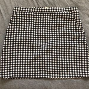 FOREVER 21 PLAID MINI SKIRT